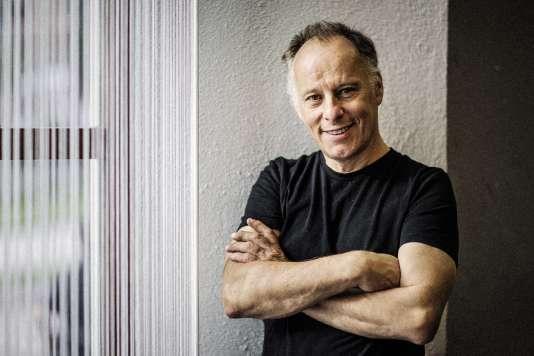 A 60 ans, Johan Ehrenberg està la tête d'un groupe qui compte 170 employés et publie 17 journaux.