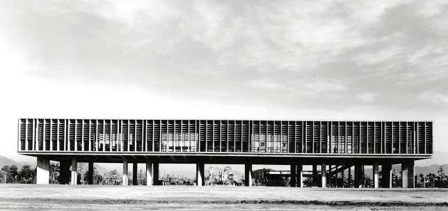 Centre pour la paix, de Kenzo Tange, à Hiroshima.