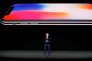 Tim Cook, PDG d'Apple, dévoile les spécificités du nouvel iPhone X, à Cupertino en Californie, le 12 septembre.