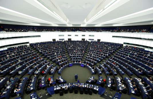 Les 28 pays de l'UE ont adopté, mercredi 8 novembre, des sanctions contre le Venezuela.