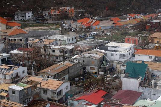 « Ce que nous avons vu sur place, et notamment à Saint-Martin, (…) c'est une société dévasté», a raconté Jean-Michel Blanquer.