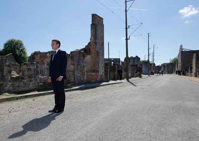 Emmanuel Macron à Oradour-sur-Glane (Haute-Vienne), le 10 juin.