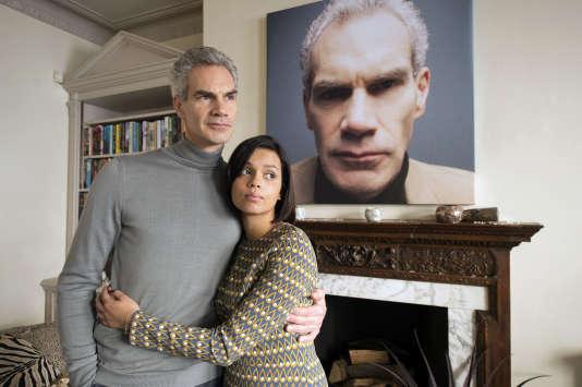 Angus Wright (George) et Georgina Campbell (Abigail)dans«Flowers», série créée par Will Sharpe.