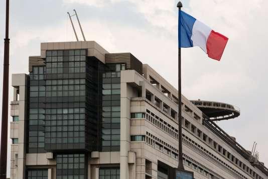 L'objectif fixé par Emmanuel Macron pendant sa campagne est de consacrer 0,55 % du revenu national brut (RNB) à l'aide au développement en 2022.