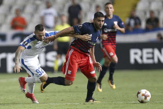Antonio Jakolis, des Apollons de Chypre, face à Nabil Fekir de Lyon, le 14 septembre en Ligue Europa.