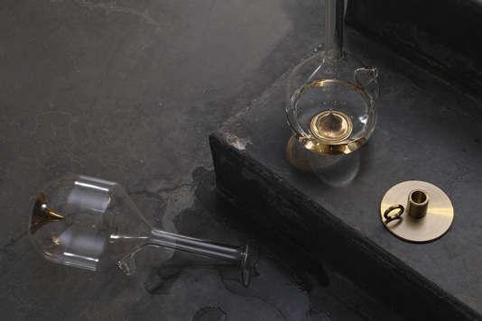 Carafes Bree par David&Nicolas, en verre soufflé à la bouche et finition or.