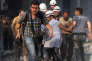 Le photographe syrien indépendant Zein Al-Rifai dans les quartiers nord d'Alep (Syrie), le 27 avril 2014.