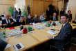 Benjamin Griveaux, le secrétaire d'Etat à l'économie, reçoitles représentants des salariés de Nokia, au ministère des finances, à Paris, le 17 septembre.