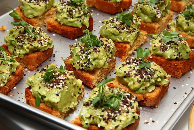 L'avocat en« toast», plat favori du hipster californien, est désormais une star de l'alimentation mondialisée.