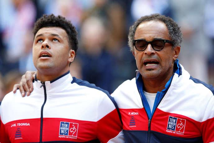 Malgré sa saison tronquée, le capitaine, Yannick Noah, a décidé d'appeler Jo-Wilfried Tsonga pour disputer la finale contre la Croatie, fin novembre.
