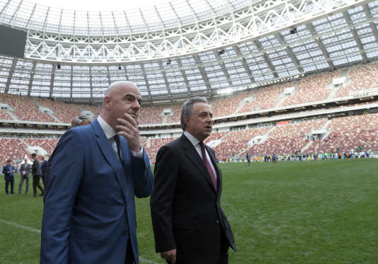 Gianni Infantino et Vitaly Mutko, le 9septembre, à Moscou.
