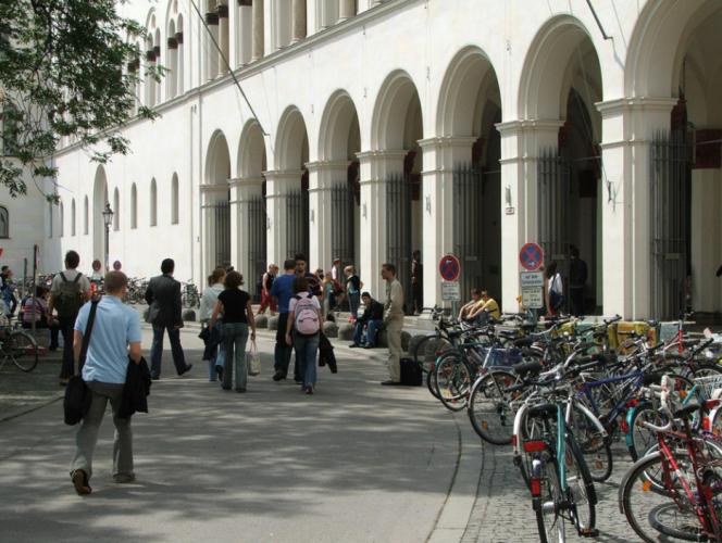 L'université Louis-et-Maximilien, à Munich (Bavière).