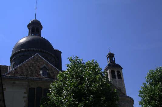 Le dôme de l'église Saint-Joseph des Carmes à Paris.
