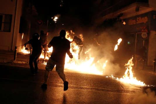 Des heurts ont éclaté à l'issue d'un rassemblement commémorant la mort dePavlos Fyssas.
