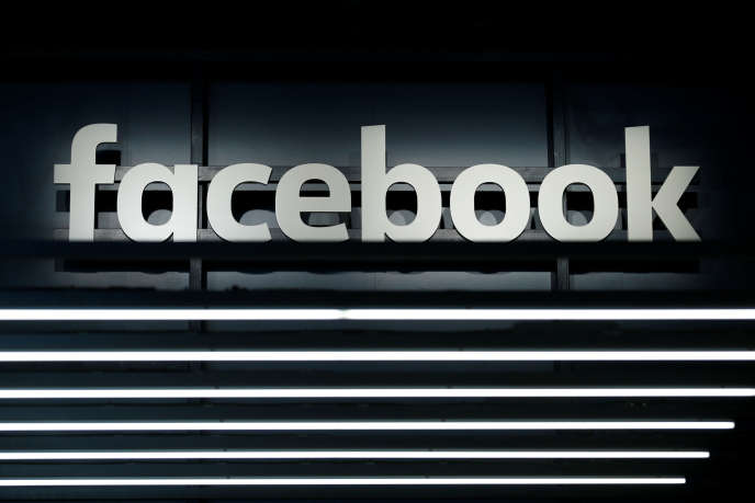Le logo Facebook à Francfort le 16 septembre.