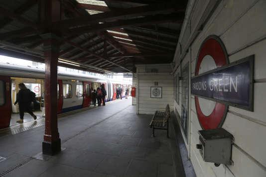 A la station de métro Parsons Green, théâtre d'un attentat à la bombe artisanale, le 15septembre.