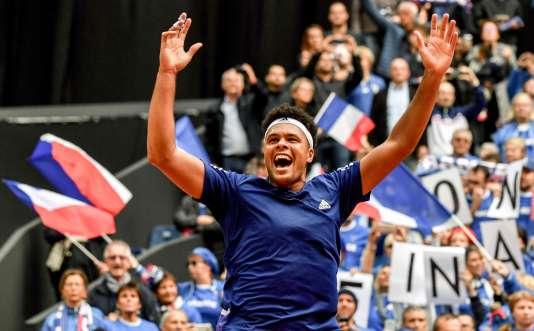 La joie de Jo-Wilfried Tsonga après sa victoire face à Lajovic.