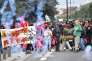 Des jeunes manifestants contre la réforme du code du travail reçoivent des tirs de gaz lacrymogènes, à Nantes le 12 septembre.