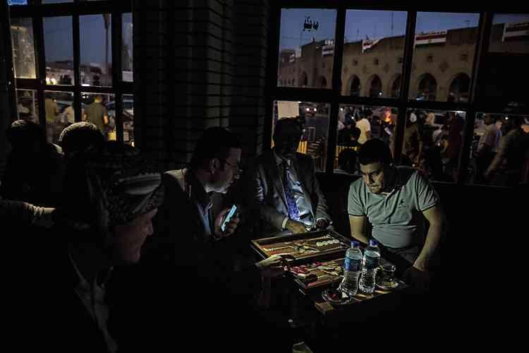 Productrice d'énergies, la région de Kirkouksouffre pourtant de fréquentes coupures d'électricité.