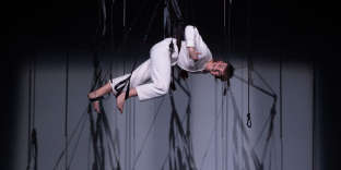 Stéphanie Chêne dans son spectacle «Au Galop !», mis en scène par Pierre Guillois.