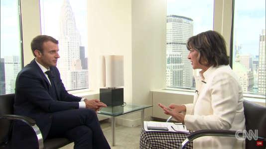Emmanuel Macron lors de son interview par la journaliste Christiane Amanpour sur la chaîne CNN, à New York, le 19 septembre 2017.