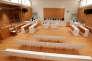 «il faut raréfier les procédures d'appel en les limitant à la réparation des erreurs manifestes et aux cas posant de sérieuses difficultés en droit, donc instaurer l'exécution immédiate des jugements du tribunal civil» (Photo: l'une des salles du tout nouveau tribunal de grande instance de Paris, le 21 septembre).