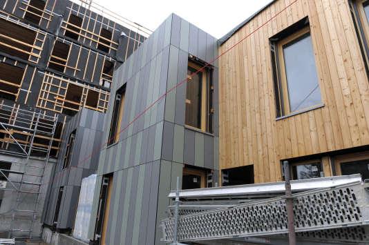 Construction de logements dans un écoquartier de Montreuil, en juillet 2014.L'étiquette énergétique obtenue par un bien a une influence sur le prix de vente