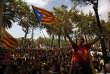 «L'Espagne s'est dotée d'une Constitution en1978, ratifiée par un référendum légal à 88,5% de «oui» avec une participation de 67% du recensement électoral national. En Catalogne, l'approbation moyenne fut de 91%» (Photo: partisane de l'indépendance catalane, à Barcelone, le 21 septembre).