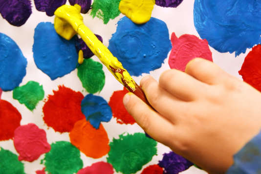 Depuis la loi de 2005, tous les enfants, notamment ceux présentant un handicap ou une maladie, peuvent être inscrits, dès la maternelle, à l'école