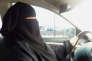 Umm Ibrahim conduit dans Riyad en Arabie Saoudite, le 21 juin 2011.