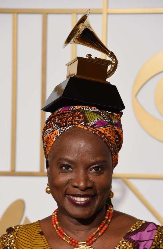 Angelique Kidjo lors de la cérémonie des Grammy Music Awards à Los Angeles, le 15 février 2016.