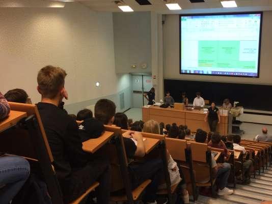 Des étudiants de Staps (sciences et techniques des activités physiques et sportives) à l'université de Strasbourg, en septembre 2017.