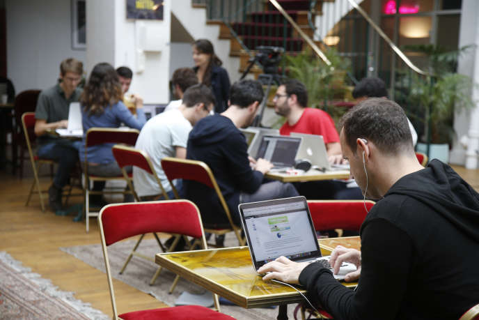 Dans un incubateur de start-ups à Paris, en juillet 2015.