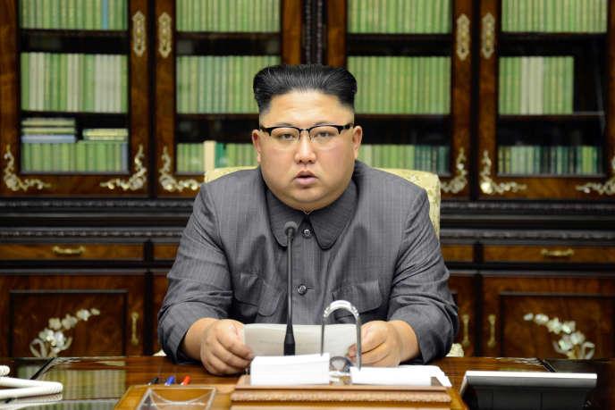 « En tant qu'homme représentant la RPDC et au nom de la dignité et de l'honneur de mon Etat, du peuple et en mon nom, je vais faire payer cher son discours à l'homme détenant les prérogatives du commandement suprême aux Etats-Unis », a déclaré Kim Jong-un.