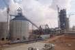 Assemblage de la ligne de production de l'usine Lafarge de Jalabiya après son acquisition par Lafarge en 2007.