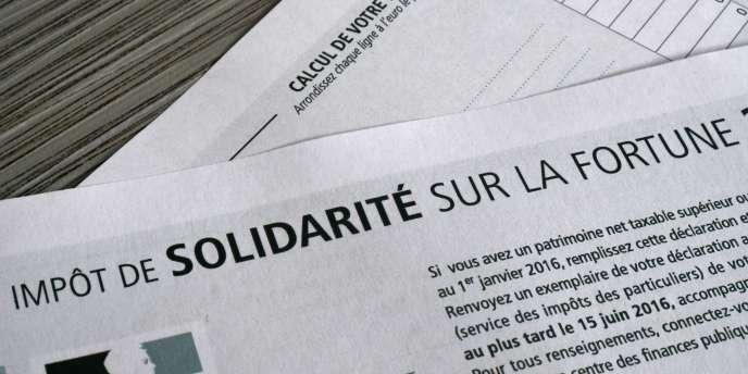 Formulaire de déclaration de l'impôt de solidarité sur la fortune (ISF).