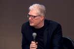 Ken Robinson, universitaire anglais et auteur de  «Changer l'école»