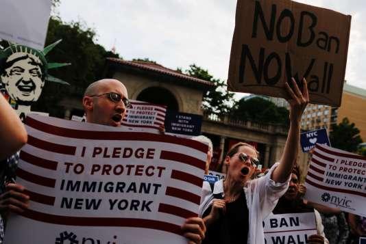 Une manfestation contre les décrets anti immigration, en juin à New York.