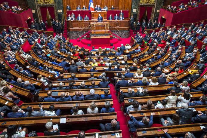 Emmanuel Macron, président de la République, parle devant le Parlement réuni en Congrès à Versailles, lundi 3 juillet.