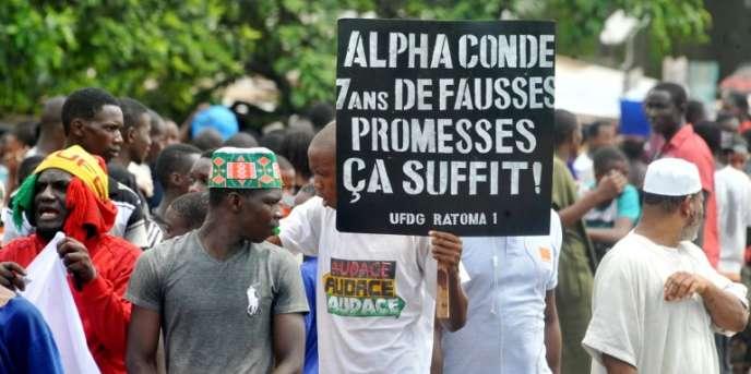 Manifestation à Conakry, le 2 août 2017, pour la tenue d'élections locales.