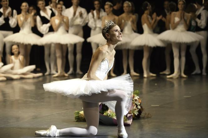 Les adieux de la danseuse étoile Laëtitia Pujol au Palais Garnier à Paris, le 23 septembre 2017.