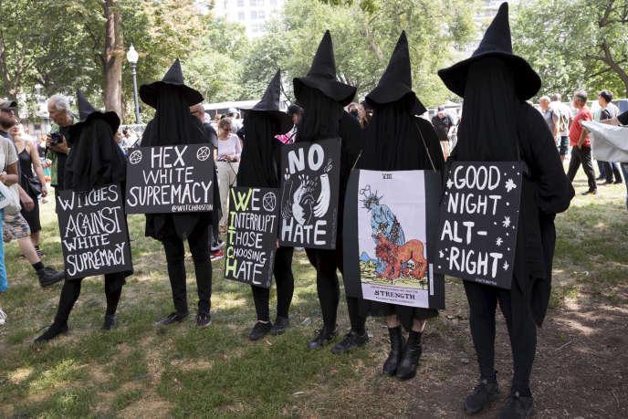 Lors d'une manifestation antiraciste, le 19 août, à Boston (Massachusetts).