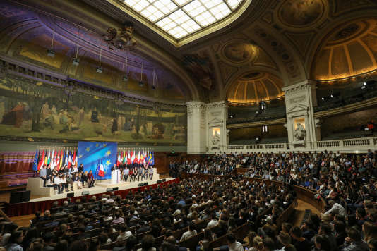 Emmanuel Macron pendant son discours sur l'Europe à la Sorbonne, à Paris, le 26 septembre 2017.