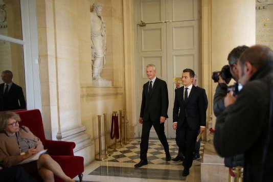 Le ministre des finances, Bruno Le Maire (au centre), et celui de l'action et des comptes publics, Gérald Darmanin, à l'Assemblée nationale le 27 septembre 2017.