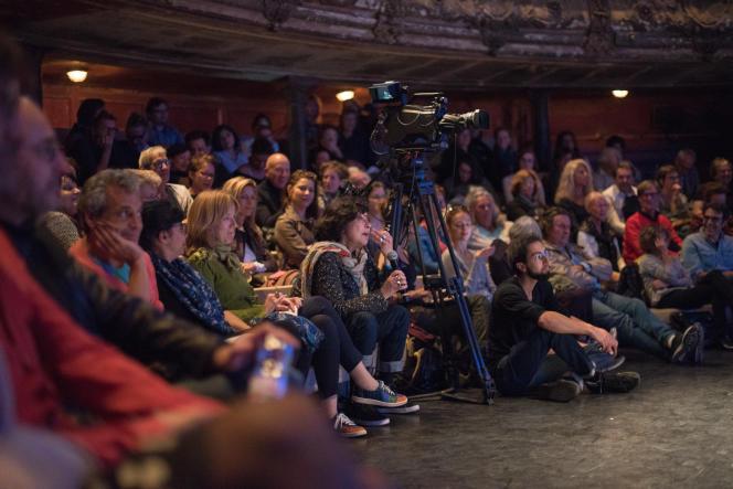 « Rêver » : tel était le thème central du quatrième Monde Festival, dont les débats et spectacles ont rassemblé près de 25000 personnes, du 22 au 25 septembre à Paris, dans des lieux prestigieux (Palais Garnier, Opéra Bastille, Théâtre des Bouffes du Nord, cinéma Gaumont Opéra).
