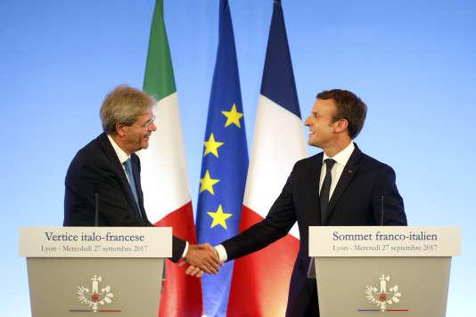 Emmanuel Macron et le premier ministre italien Paolo Gentiloni, à Lyon, le 27 septembre, pour le 34e Sommet franco-italien.