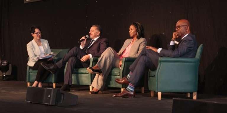 De gauche à droite: Annette Young, journaliste de France 24, Hamid Bentahar, vice-président d'AccorHotels Afrique, Elisabeth Medou Badang, directrice générale d'Orange Cameroun, et Bob Collymore, directeur général de Safaricom, lors du sommet« Women in Africa», du 25 au 27 septembre 2017 à Marrakech, au Maroc.