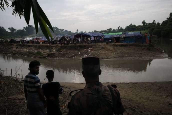 A la frontière banglado-birmane, dans la région de Cox's Bazar, une bande de terre située entre les deux pays sur laquelle ont trouvé refuge des milliers de Ronhingya fuyant la Birmanie mais ne souhaitant pas émigrer au Bangladesh.