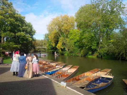 Mariage au bord d'un canal, à Oxford.