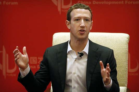 Le patron de Facebook, Mark Zuckerberg, avait été mis en garde par Barack Obama sur l'influence russe dans l'élection présidentielle, révélait, dimanche, le «Washington Post».
